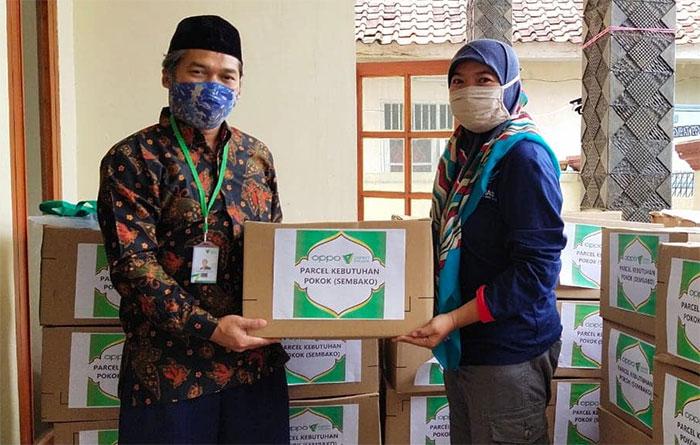 POP TB dan Tim GF LKNU menggandeng Dompet Dhuafa membantu meringankan beban pasien TB